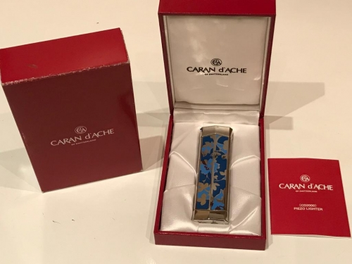 Зажигалка Caran d Ache Flower Blue