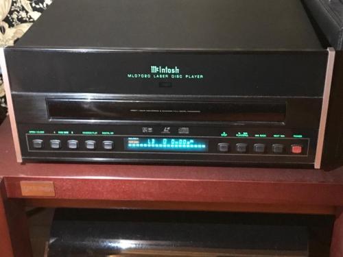 McIntosh MLD 7020 Laserdisc Player